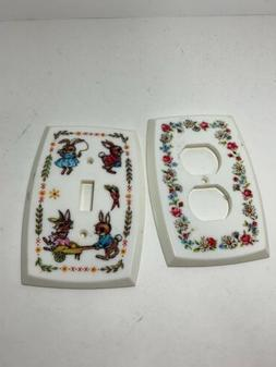 2 Vintage PLASTIC FLORAL  Light Switch and Outlet Cover Plat